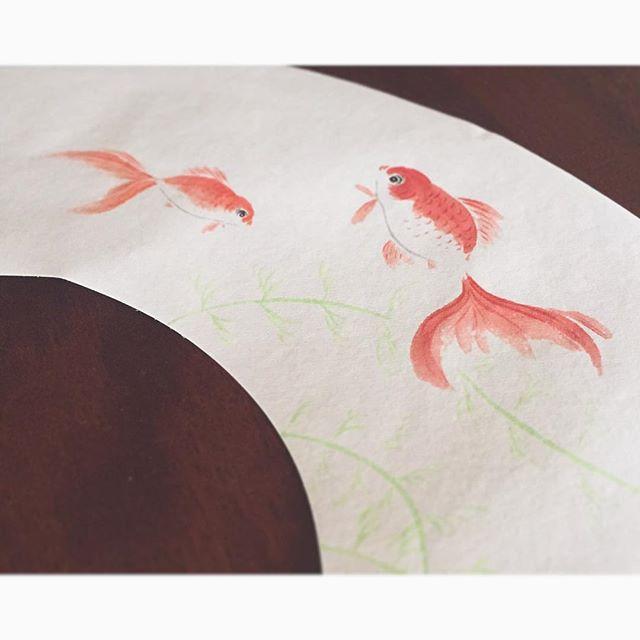 仲良く泳いでます・°・*:#金魚#goldfish#扇子#foldingfan #日本画#Japanesepaint#japanesestories#art_we_inspire#芸術#美術#colors#イロイロ#japan#osaka#artist